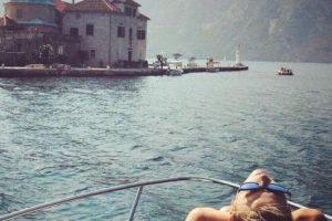 En las que deja claro, que además del tenis, el sol y el agua son sus pasiones. Foto:Vía instagram.com/mariasharapova