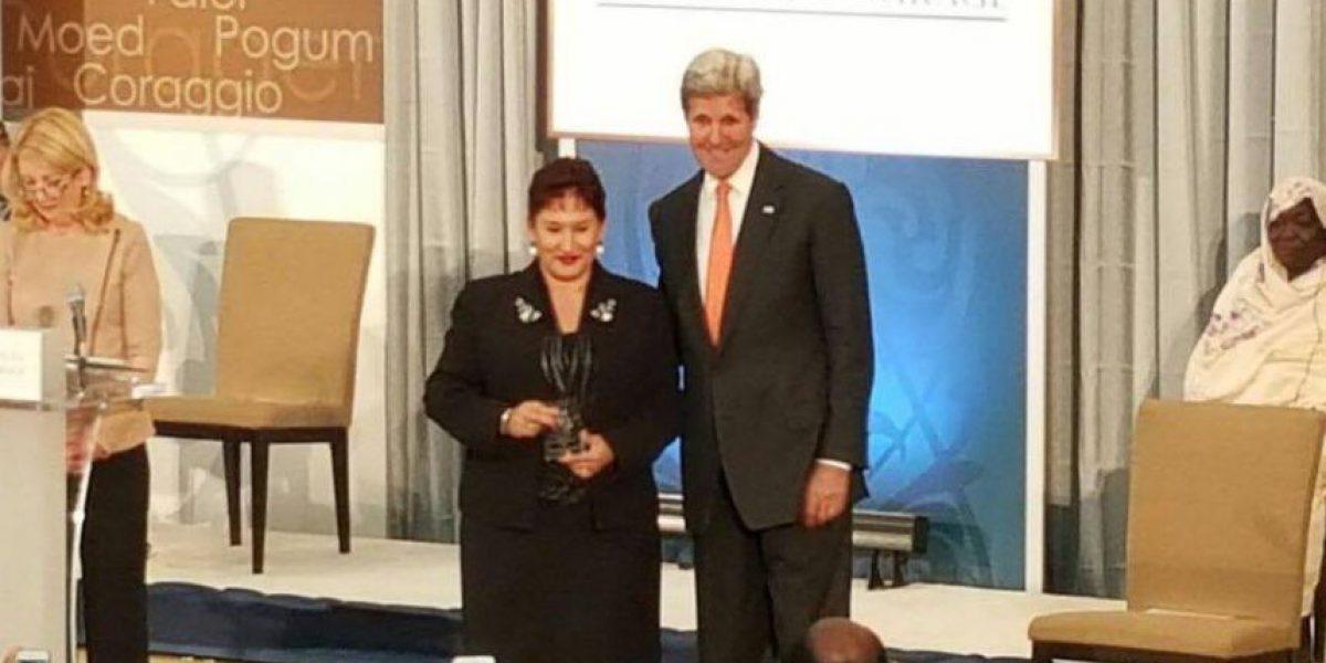 Thelma Aldana es premiada en Estados Unidos por su coraje