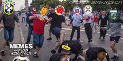 """Y ahora, las burlas van hacia la """"Tricolor"""". Foto:Vía facebook.com/Memes-Futboleros-Internacionales-785576564852677"""