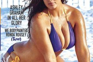 """Es la primer modelo plus size en participar en una edición de """"Sports Illustrated"""" Foto:Vía Instagram/@theashleygraham"""