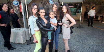 Kim comenzó a ser conocida al principio por ser del círculo de amigas de Paris Hilton. Foto:Getty Images