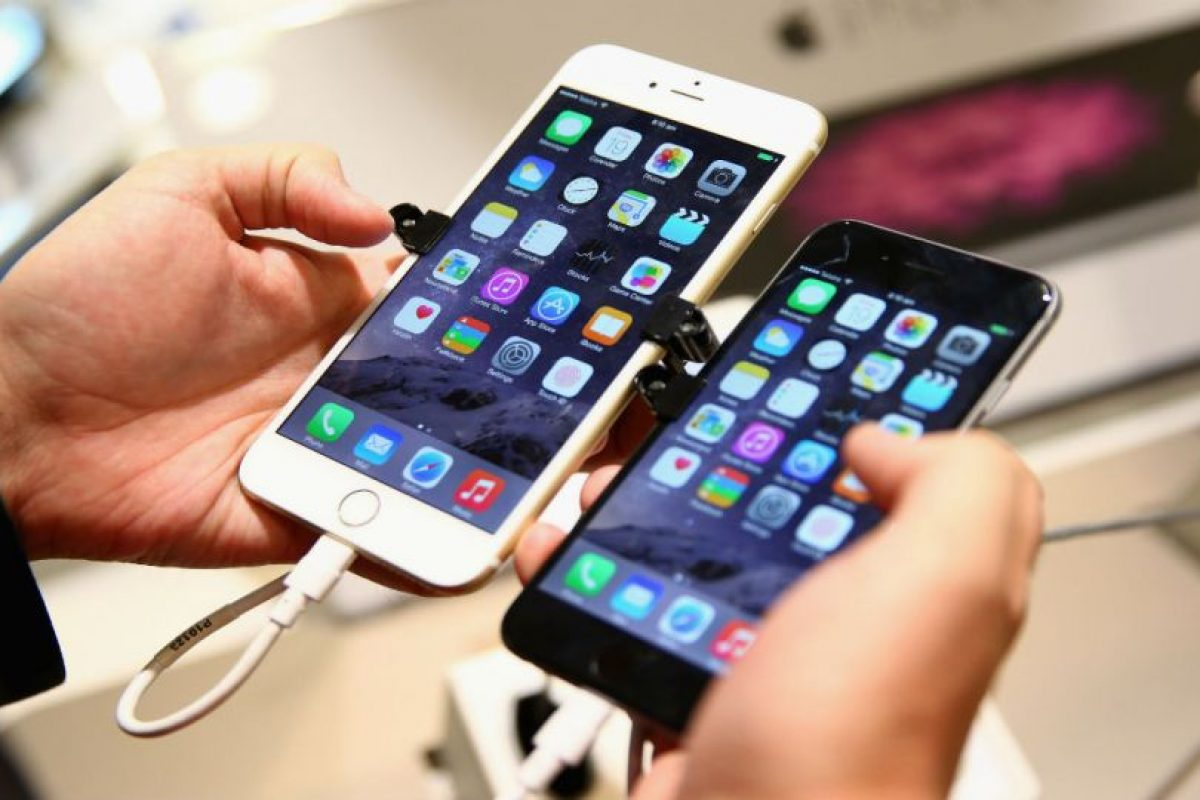 Una persona promedio revisa su celular alrededor de 150 veces diario. Foto:Getty Images