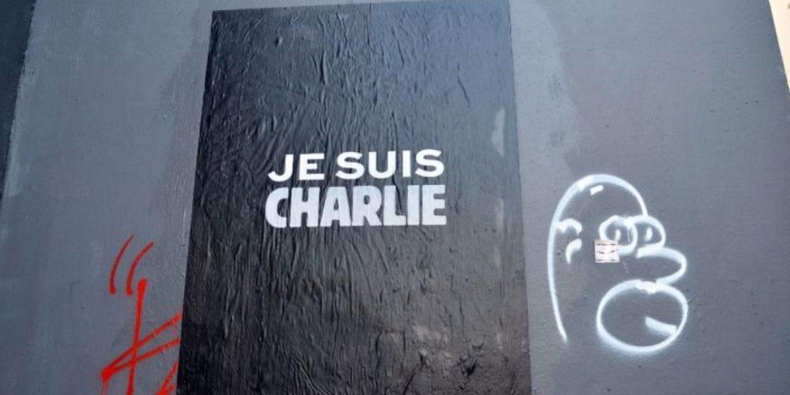 """El 7 de enero de 2015, """"Charlie Hebdo"""" –revista satírica francesa– fue atacada por terroristas. Nueve periodistas murieron producto del atentado.. Foto:Getty Images"""