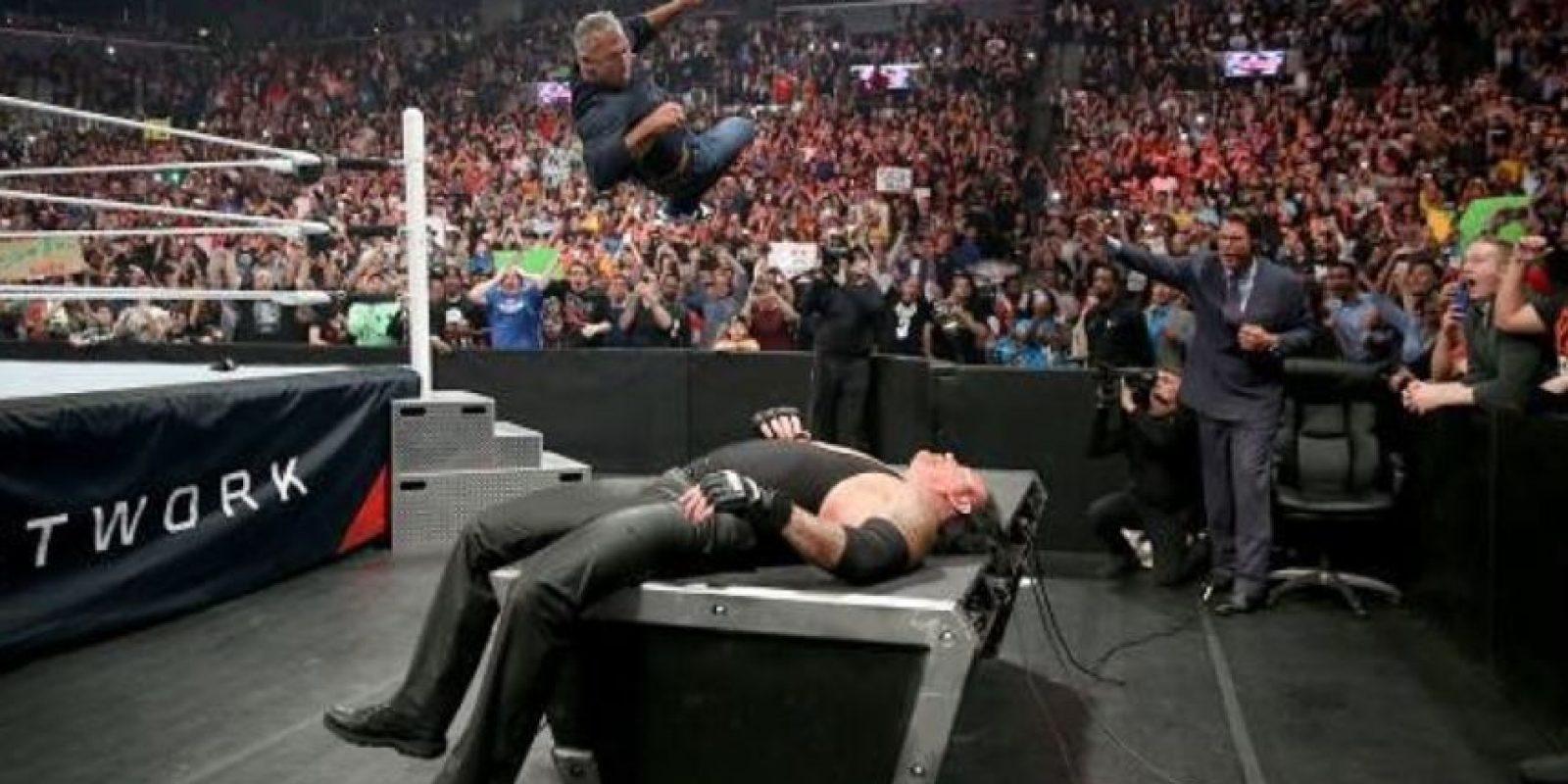 Una de las peleas más atractivas es la que sostendrán Shane McMahon y Undertajer Foto:WWE