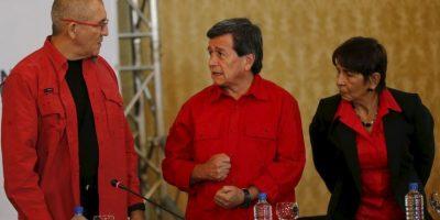 De lograrse un pacto la violencia quedará reducida a las bandas criminales vinculadas al narcotráfico. Foto:AP