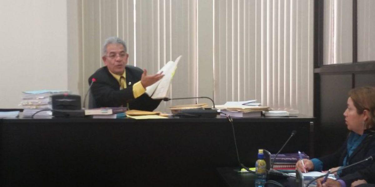 Copian planes frente al juez Miguel Gálvez