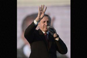 Al presidente de Turquía le gusta correr y jugar fútbol Foto:Getty Images