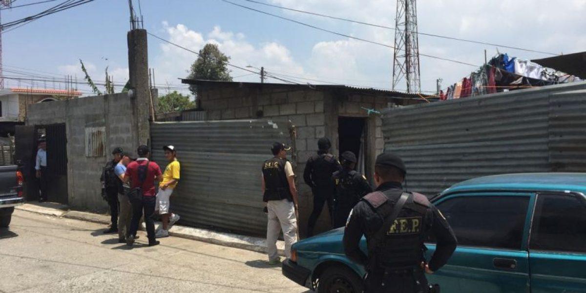 Realizan allanamientos en San José Pinula relacionados a bombazo en bus