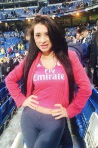 La modelo paraguaya es famosa por sus posados con la camiseta del Real Madrid. Foto:Vía facebook.com/Mirtha-Sosa-213628472005501