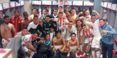 """Y en México, el club Necaxa de segunda división imitó la pose de la plantilla """"merengue"""". Foto:Vía twitter.com/KevinChaurand"""