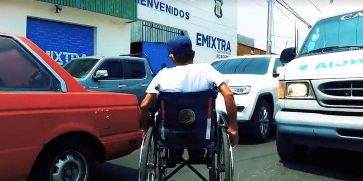 De pedir dinero en un semáforo a operarlo, la historia de un nuevo agente de Emixtra