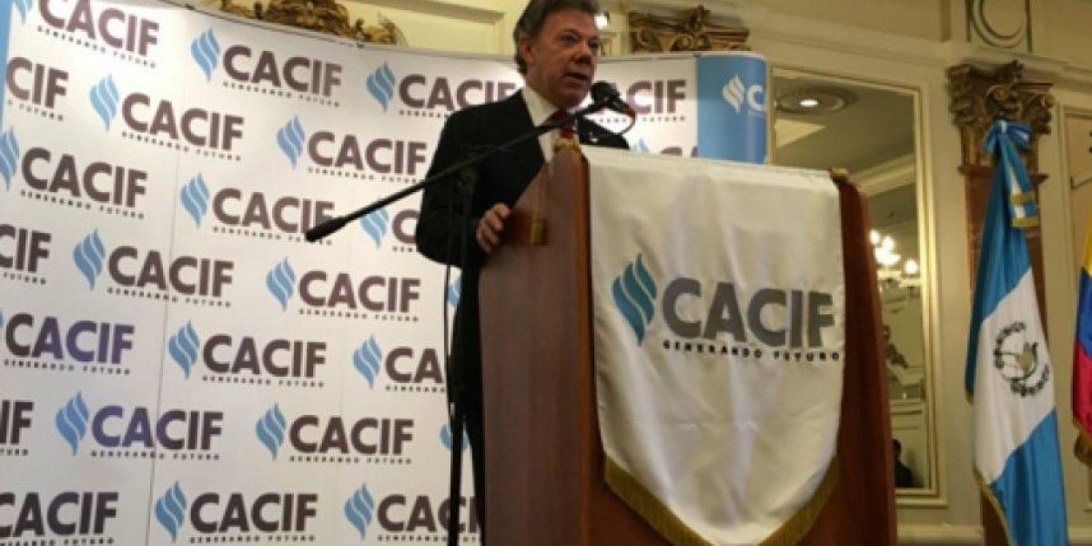 Presidente de Colombia, Juan Manuel Santos, destaca papel del sector privado
