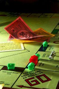 Los más de 11 mil documentos revelan que diversas personalidades del mundo han recurrido al paraíso fiscal para evadir impuestos. Foto:Getty Images