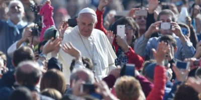 Posible fecha de la visita del papa Francisco a Grecia, abril 2016