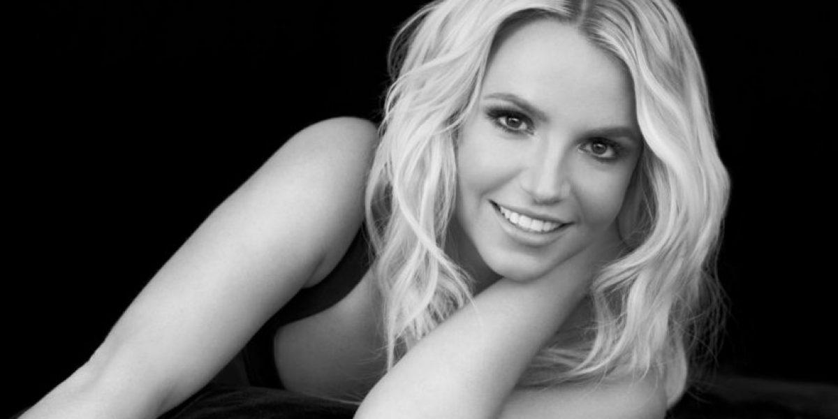 Para demostrar que no usa Photoshop, Britney Spears publicó esta selfie
