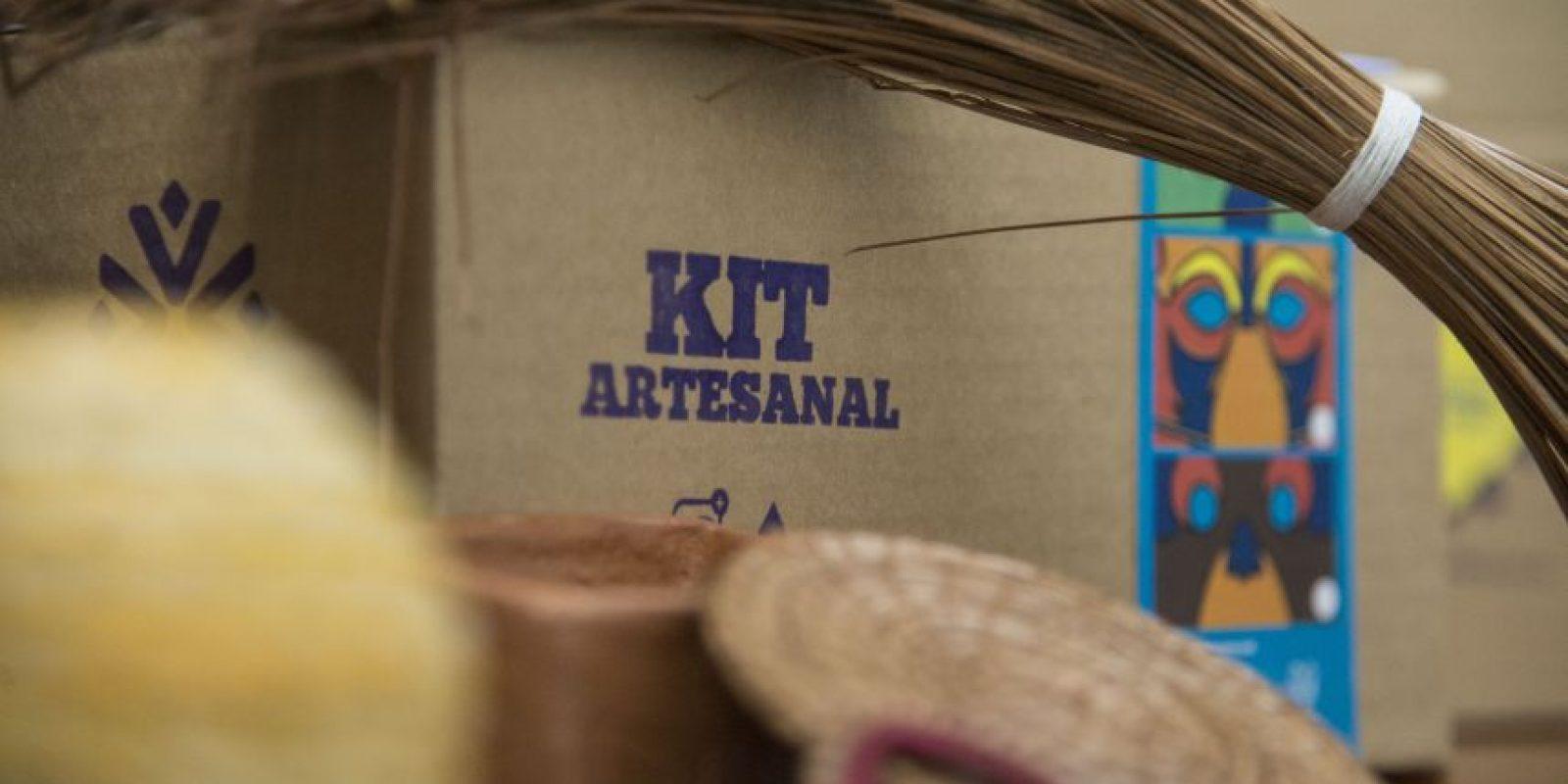 Los kits artesanales integran diferentes materiales, como pino y maguey. Foto:Luis Carlos Nájera