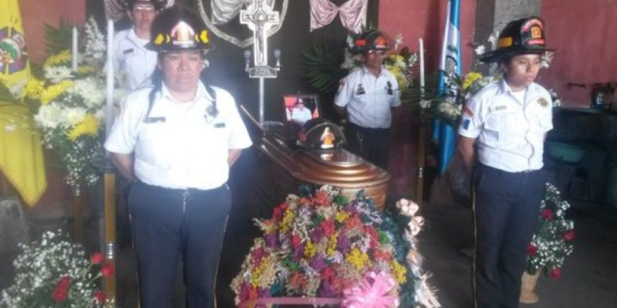 Día trágico para los Bomberos Voluntarios, mueren tres socorristas