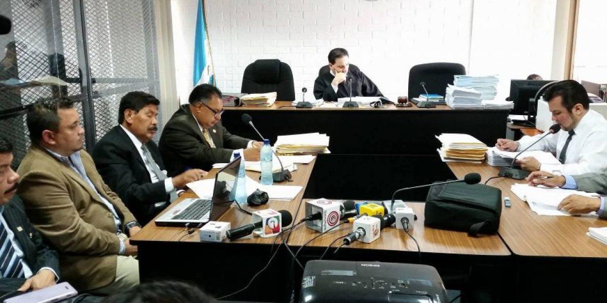 Fiscalía acusa a exalcalde de La Antigua Guatemala de obtener 6 fincas de forma ilícita