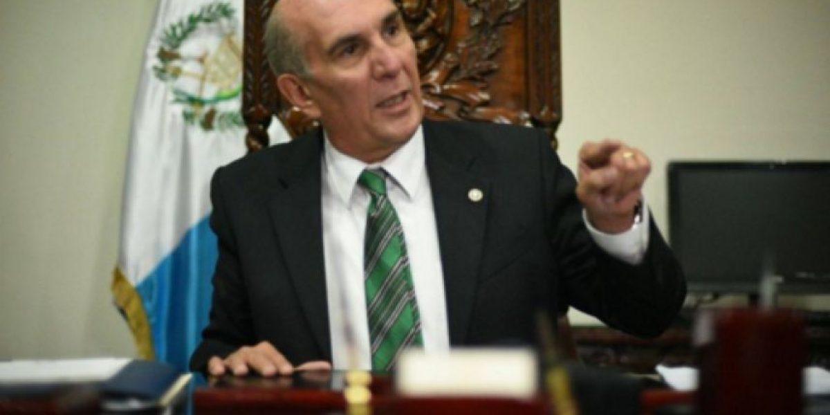 Taracena dice que aumento a pensión de jubilados saldrá del presupuesto general