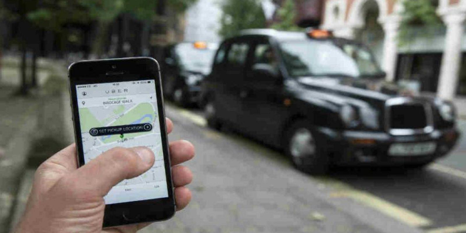 Al momento de pedir un auto, la app les muestra los datos y fotografía del conductor. Foto:Getty Images