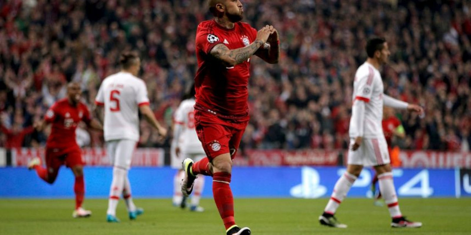 Delanteros: Arturo Vidal Foto: Getty Images