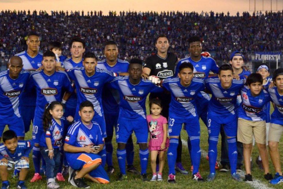 En tanto, Emelec también se encuentra en los primeros puestos de Ecuador en busca de otra estrella Foto:Vía twitter.com/emelec