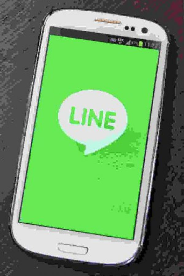 Line es la competencia directa de WhatsApp. Foto:Getty Images