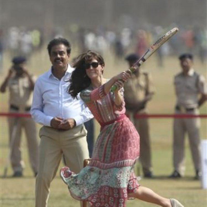 Pues ambos disfrutaron jugando cricket Foto:AP