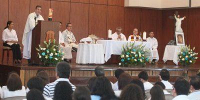 En ausencia de los padres de Edward, el Liceo Javier realiza misa de 9 días