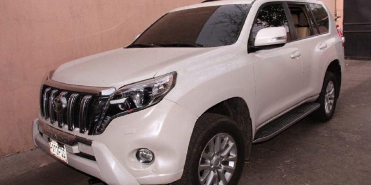 Decomisan vehículo blindado en investigación del asesinato de locutor en Escuintla