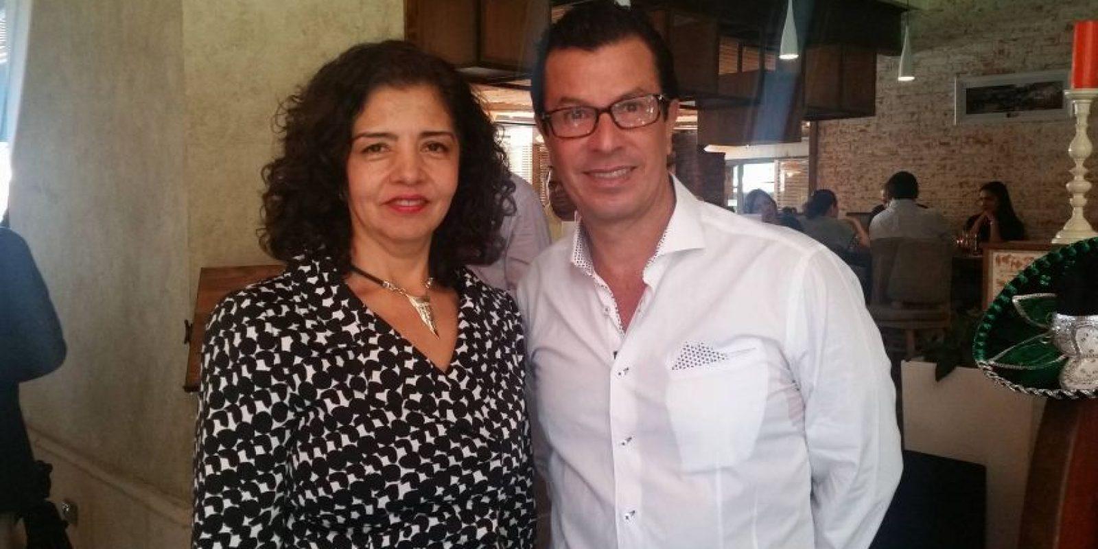 La embajadora Mabel Gómez junto a Ricardo Barnoya. Foto:Publinews