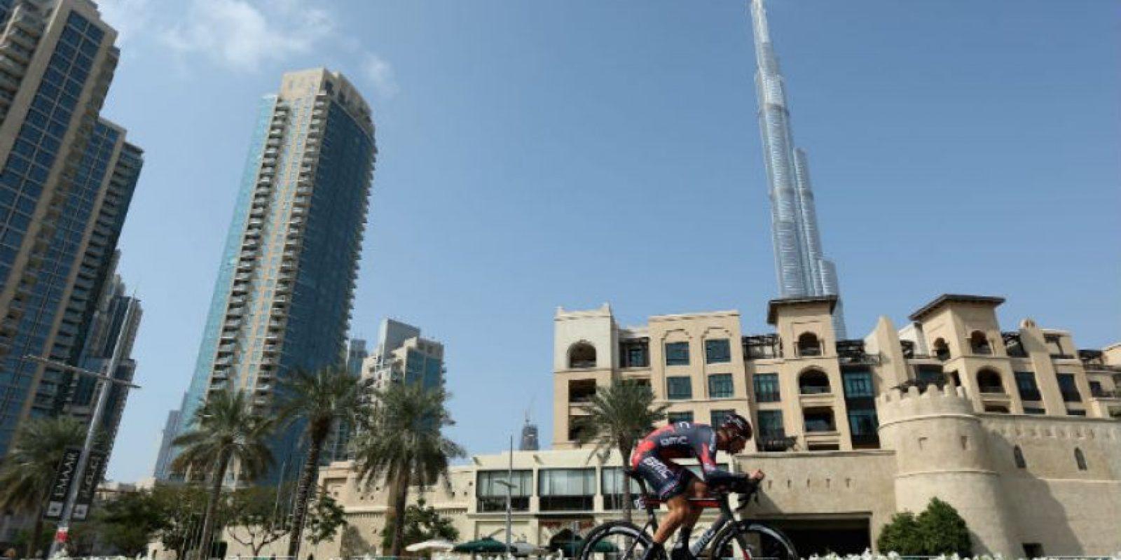 on 828 metros de altura, es la estructura más alta de la que se tiene registro en la historia. Foto:Getty Images