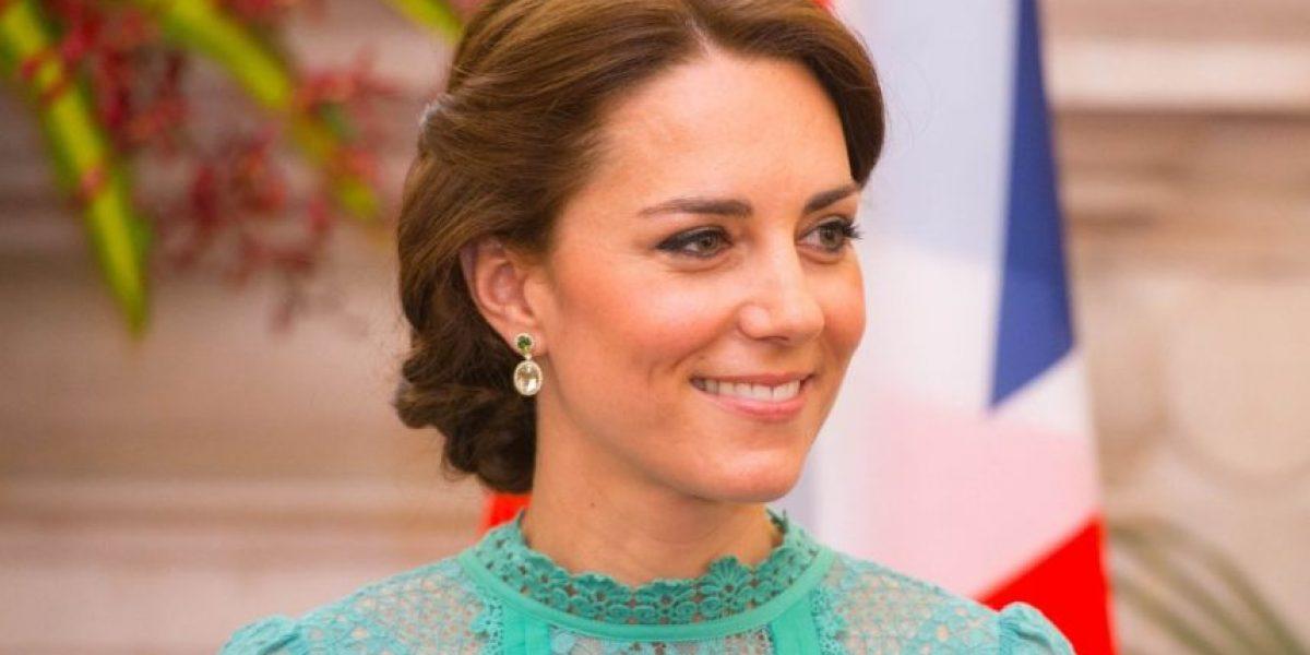 El viento le hizo una mala jugada a Kate Middleton durante su viaje en la India