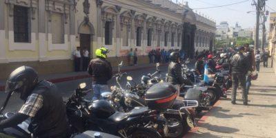 Motoristas piden que ya no sea obligatorio usar el chaleco