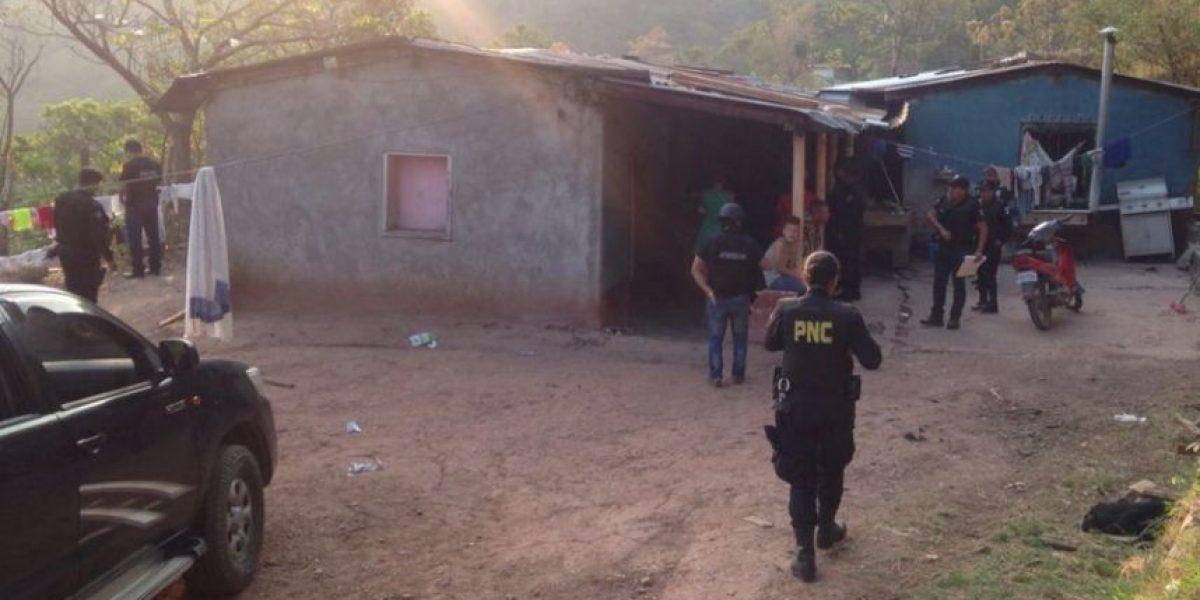 """La policía busca a """"Los Cantineros"""" por robo y asesinato en Retalhuleu"""