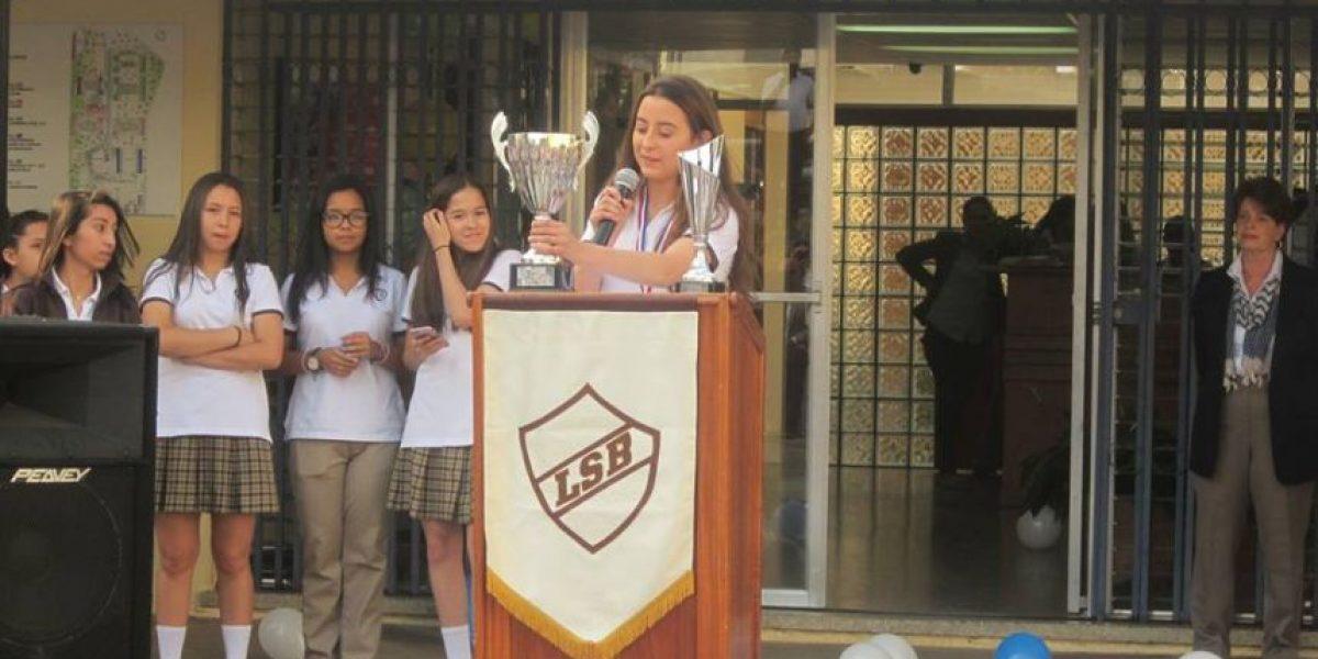 Estudiantes guatemaltecas ganan en Londres el World English Experience 2016
