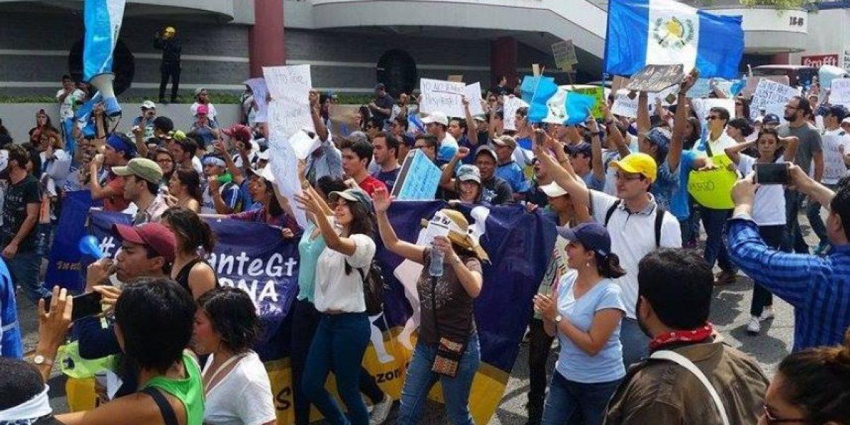 Convocan a marcha pacífica por la salud para el sábado 16 de abril de 2016