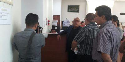 Periodistas despedidos interponen demanda tras no lograr acuerdo para pago de salario