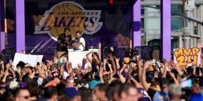 Lleno total en el Staples Center para despedir a Kobe Bryant en su retiro