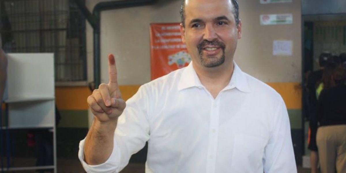Amilcar Rivera critica el primer día sin Emixtra