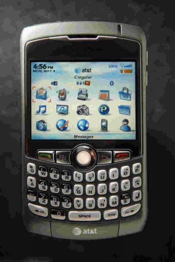 Facebook Messenger y WhatsApp anunciaron que se retiran de esta plataforma. Foto:Getty Images