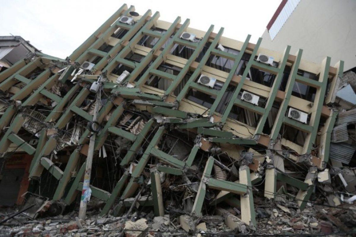 Ecuador se recupera de devastador terremoto Foto:AFP