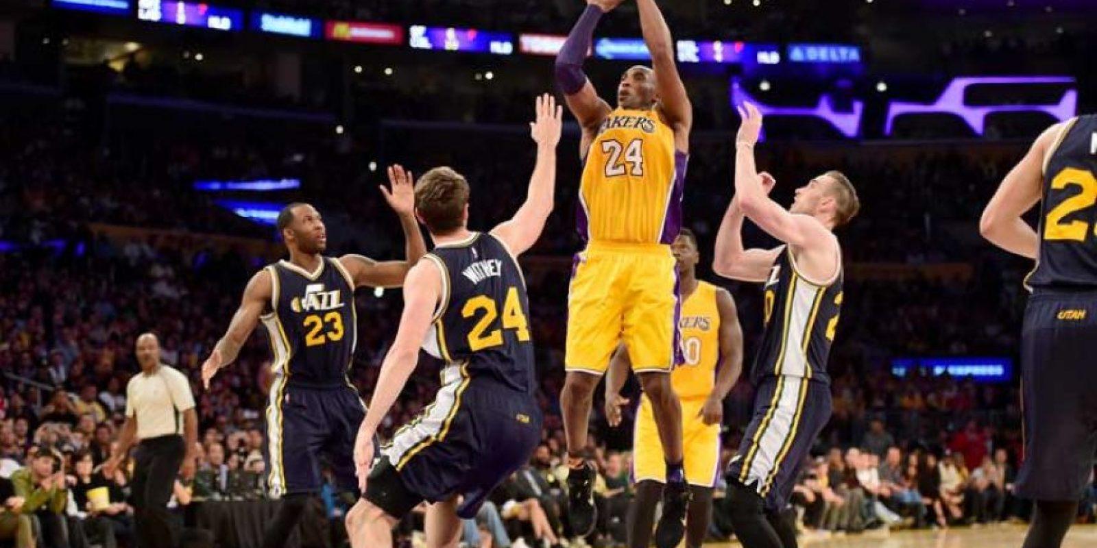 Kobe se despidió ante el Jazz de Utah, anotando 60 puntos. Foto:Getty Images