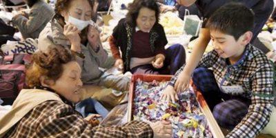 Las autoridades señalaron al menos 40 personas fallecidas y 100 desaparecidos en la isla de Kyushu. Foto:AP