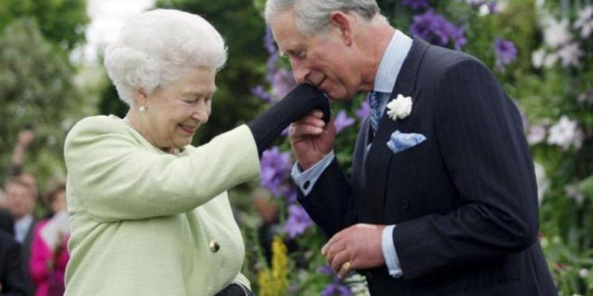 Revelan las dos posibles razones por las cuales el Príncipe Carlos no sería rey
