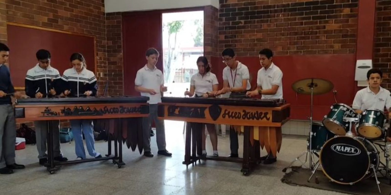 Foto:Facebook Marimba de Concierto de Liceo Javier