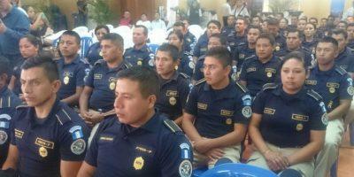 Agentes de PNC se gradúan de curso de idioma inglés