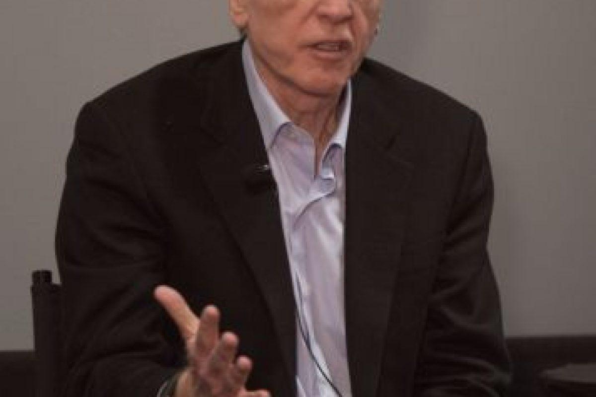 El es John Sculley. Dirigió Apple durante 10 años y los libros de historia le atribuyen haber despedido a Steve Jobs de su propia compañía. Foto:Wikicommons