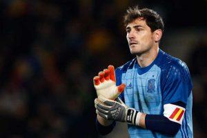 """Iker Casillas: """"El Alquimista"""" de Pablo Coehlo Foto:Getty Images"""