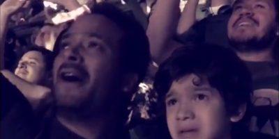 Video: Reacción de un niño autista al escuchar a Coldplay en México (2016)